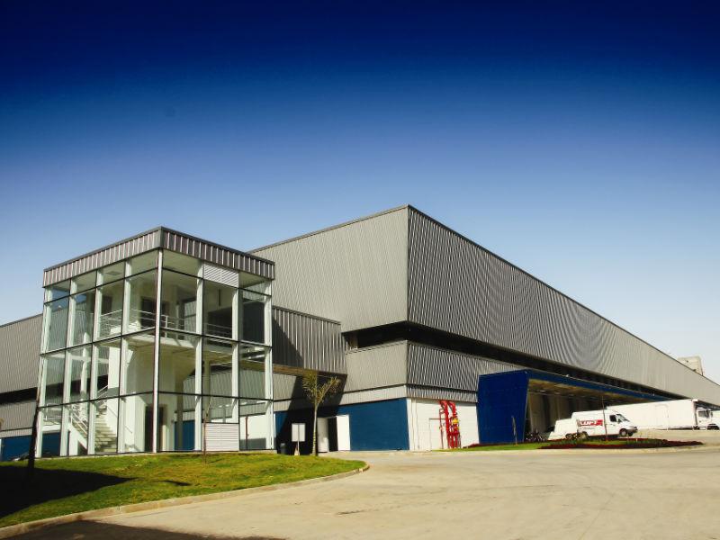 Centro Logístico para a indústria da saúde (Built-to-Suit)